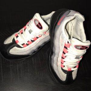 Nike Air Max 95 kids (size 11)